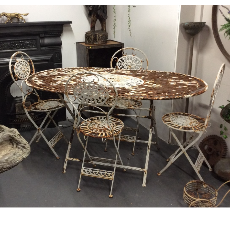 Vintage Garden Table and Chairs Set VIN464C